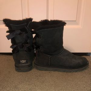 Authentic Bailey Bow Uggs